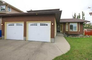3123 Wascana Glen, Wascana View - Large Family Home in Great Are