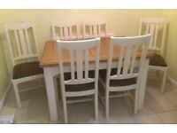 Fishpools Solid Wood Extending Table With 6 Matching Chairs