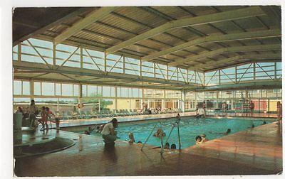 Pontins New Pakefield Holiday Camp 1977 Postcard #4, B392