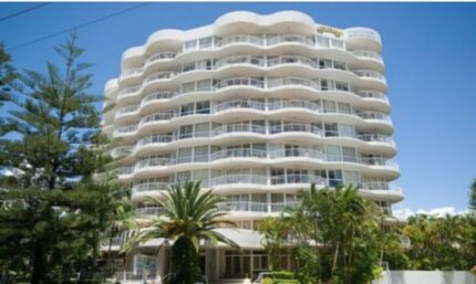 Fully Furnished 1 bedroom Apartment surfers paradise