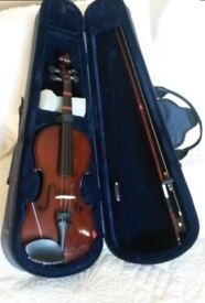 Junior violin. Absolute mint condition. Only used a handful of times. Cost £80 new