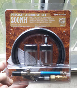 Badger 2000NH Precise Airbrush Set Cambridge Kitchener Area image 1