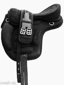 New Synthetic All Purpose Treeless Saddle BLACK  16