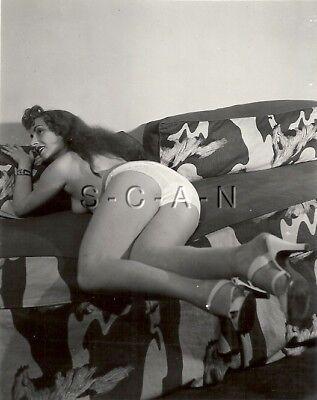 Original Vintage 1940s-60s Nude RP- Brunette Shows Panties Covered Butt- Heels