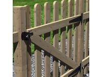 Grange Round Top Palisade Garden Gate 900mm £20.00