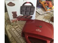 Brownie Maker with Box - £8 - Used Once