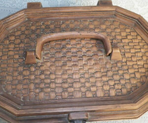 Vintage Lerner Brown Plastic Sewing Box With Inside Tray London Ontario image 4