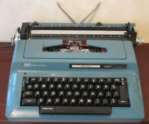 Smith-Corona Electra SCM Blue Typewriter
