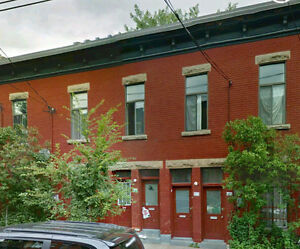 For rent HUGE !! 4 bedroom in Plateau McGill students Welcome