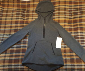*Brand New* Lululemon Women's Fleece Pullover