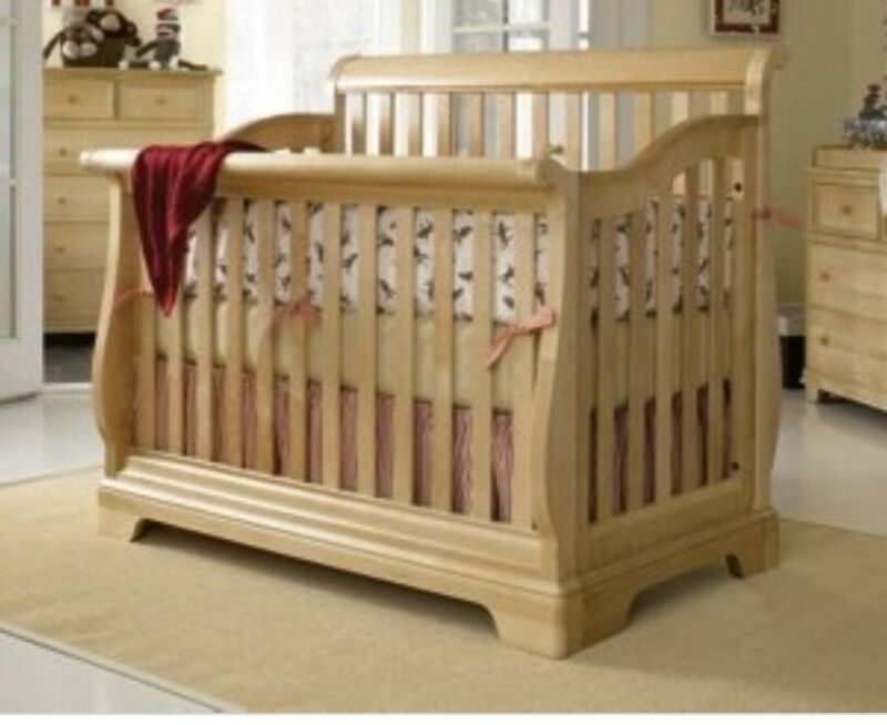 Stanley Young America-Grows with Your Child 5 Piece Bedroom Set