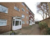 Spacious 3 Double Bedroom Maisonette to Let in Central Carshalton - £1350 PCM