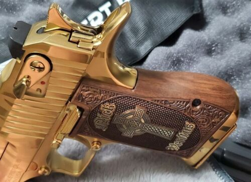 Desert Eagle grips made of Walnut wood with custom logo and Text  made of Brass