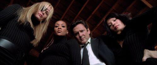 Kill Bill - Vivica A. Fox / Movie Screen Worn Stunt Costumes / COA