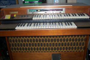 THOMAS ELECTRONIC ORGAN DOUBLE KEYBOARD London Ontario image 2