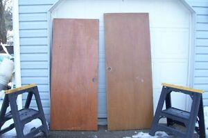 TWELVE INTERIOR VENEER DOORS &FOLDING DOORS NO HARDWARE