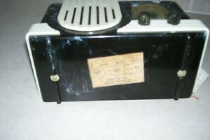 VERY COLLECTIBLE AND RARE MODEL#R5A1 ADDISON RADIO EXCEL.CONDITI London Ontario image 4