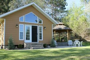 NEW Cottage Rental - Barry's Bay KAMANISKEG LAKE, near Chippawa