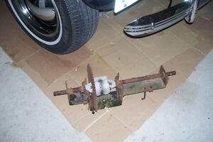 LAWN TRACTOR FRONT AXEL & PARTS London Ontario image 4