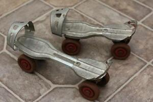 Antique Vintage No. 30 Globe Corp Metal Adjustable Roller Skates