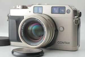 Contax G1  with 45mm Zeiss Planar T* lens + extras (Mint)