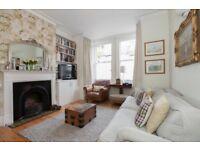 3 bedroom flat in Devonia Road, Angel London N1