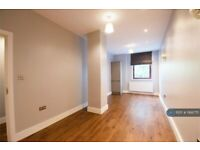 1 bedroom flat in Ocean House, Crawley, RH10 (1 bed) (#1168775)