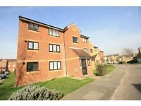 STUDIO APARTMENT IN FELTHAM near to Sunbury Staines Shepperton Ashford Heathrow Airport
