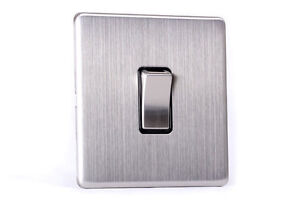 Area 1 Gang Wall On/Off Light Switch Brushed Chrome Finish Screwless