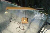 lampe de table amovible  en métal éclairage néon