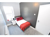 *£100 off First Months Rent!* Available NOW! DY1