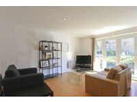 Large Apartment, Private Parking, Secure Development and Close to Station - what more do you want!