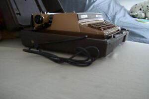 1960s CORONET SUPER 12 SCM SMITH - CORONA TYPEWRITER ELECTRIC London Ontario image 3
