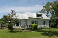 3 Bdrm Vacation Home on Bay Of Quinte