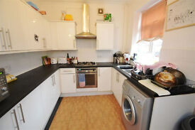 6 BED STUDENT PROPERTY -JULY 2017- 10 STANDISH RD
