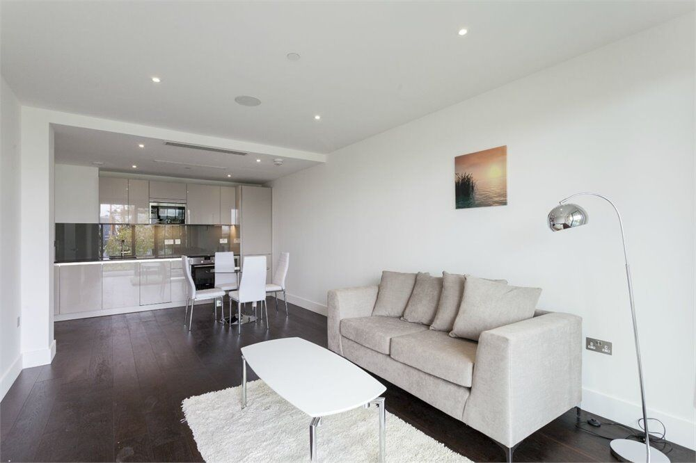 ( 1 ) One bedroom in Fulham Riverside, Fulham / Wandsworth / Imperial Wharf SW6 £390 pw