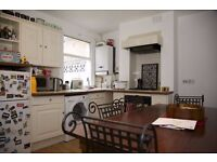 2 Bedroom flat, Private Patio, Central Wimbledon