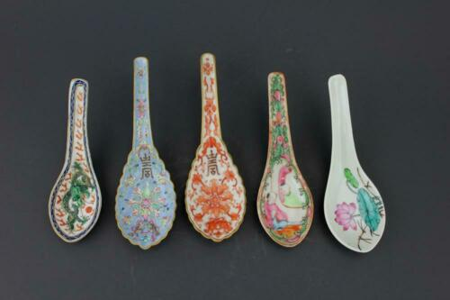 OLD Five Chinese Porcelain Spoons, Qing Period. 19th century