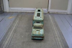 1960S TONKA CAR HAULER SORRY NO CARS BUT SOLID AND RESTOREABLE London Ontario image 3