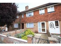 Lovely 3 bed terraced house to let in TW14
