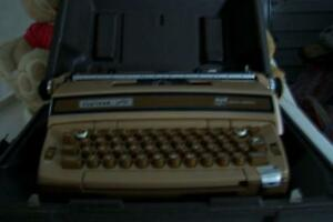 1960s CORONET SUPER 12 SCM SMITH - CORONA TYPEWRITER ELECTRIC London Ontario image 1