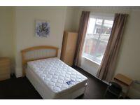 6 bedroom house in Riversdale Terrace, Sunderland