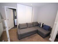 MODERN 1 BED FLAT WITH PRIVATE PATIO - CALL RICCARDO NOW BEFORE SOMEONE SECURES IT!!