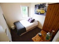 Double Room in Kings Heaht, B14