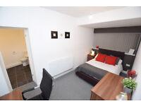 En-Suite Double Room Close Transport to City B23