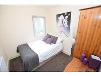 Double Room in Kings Heath, B14