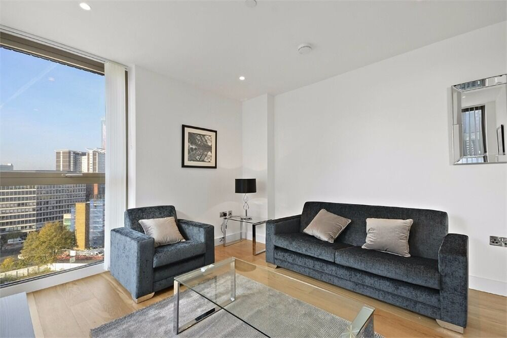 Brand New Two Bedroom New Build next to East Croydon Train station