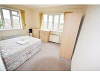 One bedroom flat in Chiswick Village