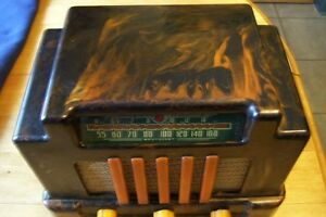 VERY VERY RARE ADDISON CATYLIN PLASTIC RADIO COLLECTED WORLDWIDE London Ontario image 5