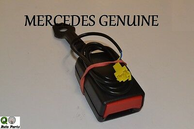 - Mercedes Benz C300 4MATIC, C350 RIGHT BELT LOCK BRAND NEW GENUINE 204 860 02 69